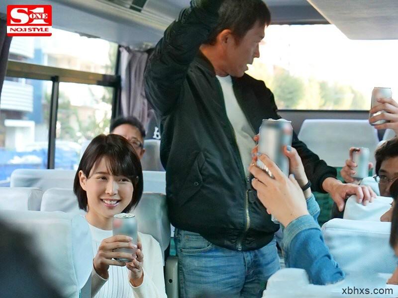 SSNI-434:上司因为手握葵司的照片和把柄,变得更加大胆插入