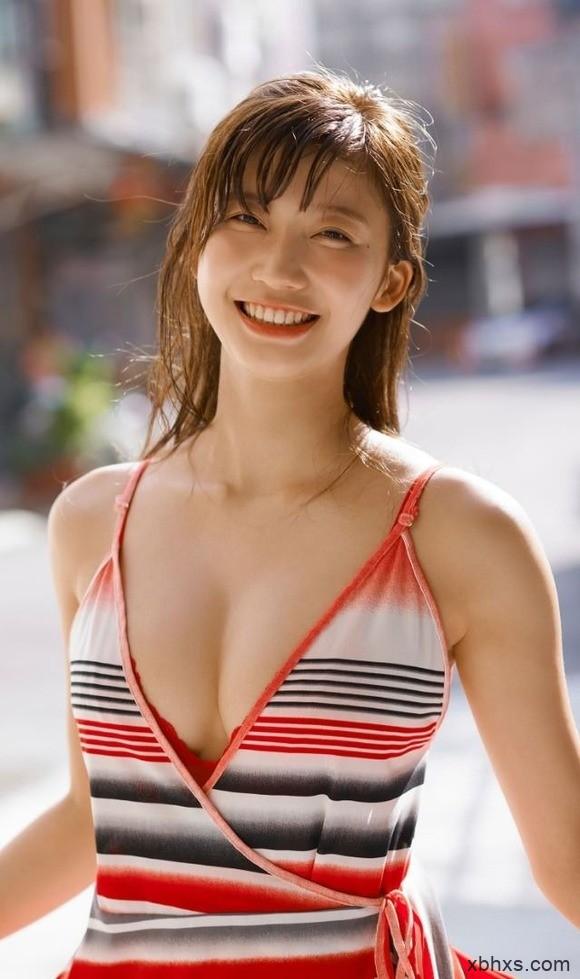 崩溃!最甜美H奶「小仓优香」推特宣布泳装封印