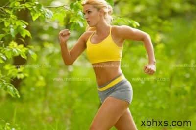 快走能减肥吗_快走比快跑更能减肥!