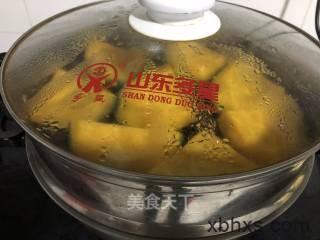 南瓜馒头怎么做好吃 家常南瓜馒头的做法