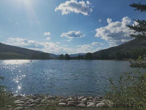 去会一会山高水远,会一会天地间的壮美与胸怀。