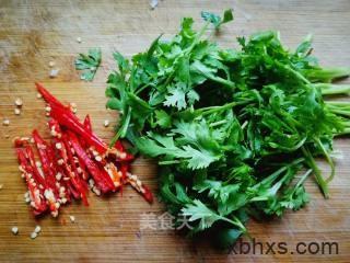 香菜拌白萝卜丝怎么做好吃 香菜拌白萝卜丝的家常做法
