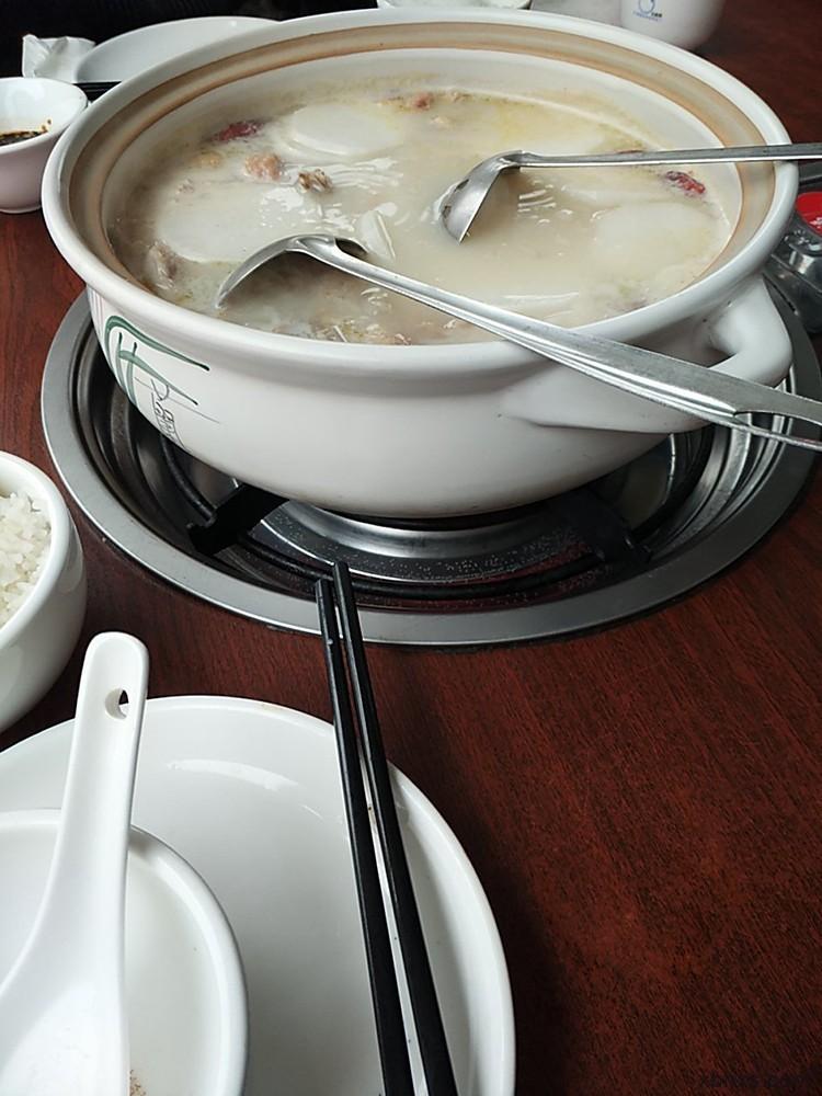 淼福猪肚鸡,广东人的养生鸡