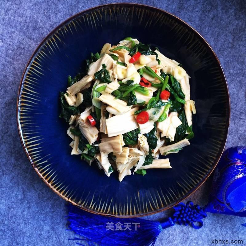 菠菜拌腐竹怎么做好吃 菠菜拌腐竹最正宗的做法