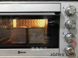 肉松吐司怎么做好吃 肉松吐司的家常做法