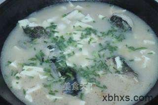 鱼头汤怎么做好吃 家常鱼头汤的做法