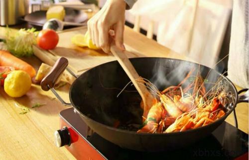 用电陶炉怎么吃烧烤?在线等,很急!口水快流出来了!