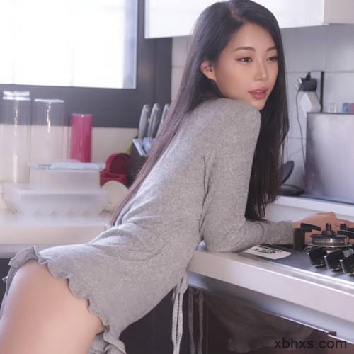 低头看我们结合的地方,中国裸体丰满女人艺术照
