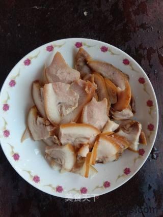 青椒炒猪鼻怎么做好吃 家常青椒炒猪鼻的做法