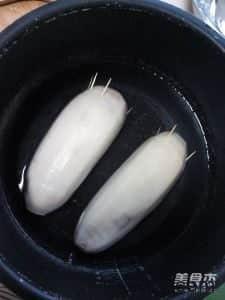 冰糖糯米藕的做法