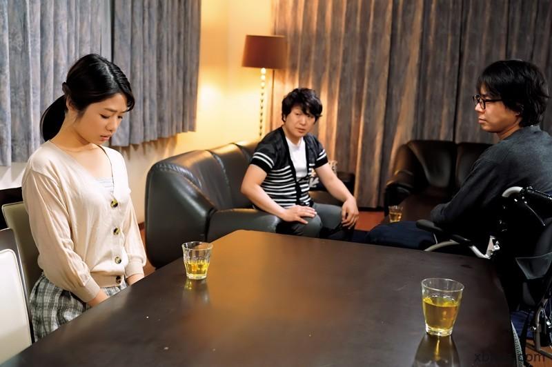 """不孕兄长拜托小叔中出嫂子""""川上奈々美"""" 结果两个人都上瘾了"""