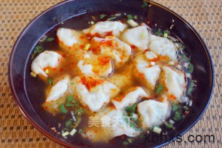 酸汤大肉莲菜水饺怎么做 酸汤大肉莲菜水饺的做法