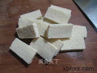 秀珍菇西兰花冻豆腐汤怎么做 秀珍菇西兰花冻豆腐汤的做法